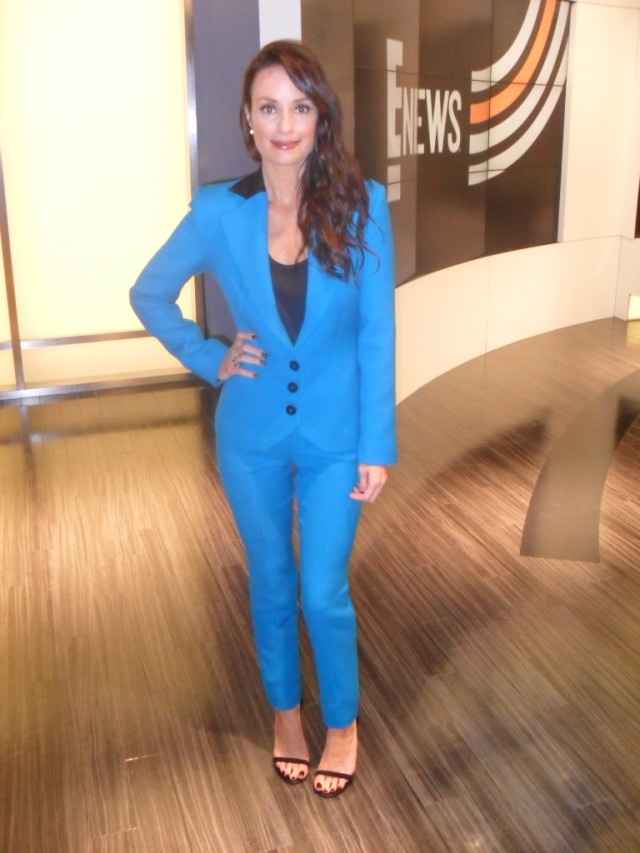 Catt Sadler from E! News looking incredible in the Moka Suit